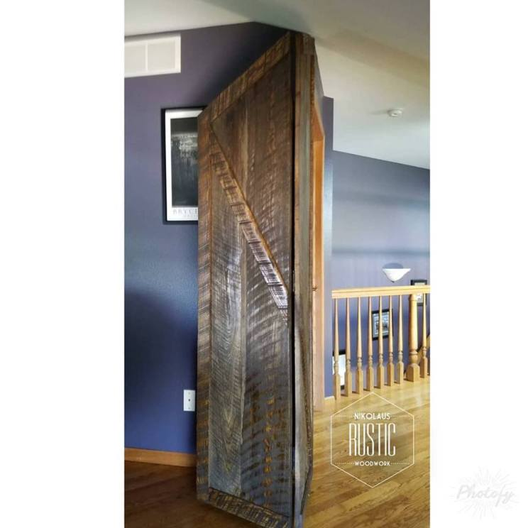 trifold door